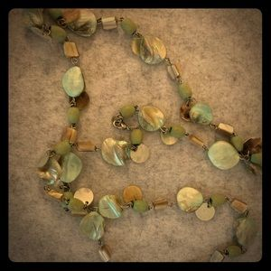 Jewelry - Vintage beaded necklace